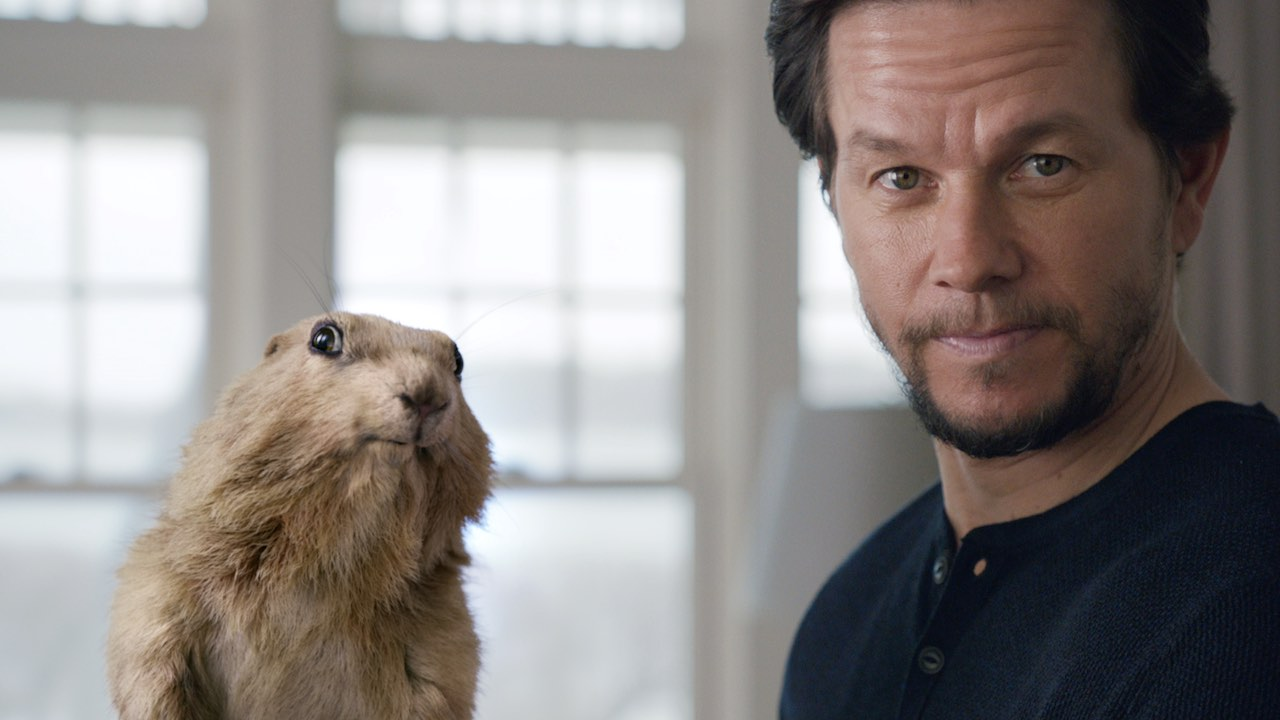 "Peter Berg Directs Mark Wahlberg In AT&T's ""Terms And Conditions"""